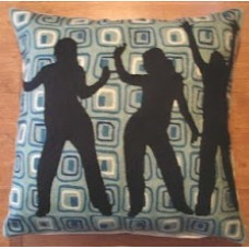 Crewel Pillow Be Free Black cotton Duck