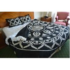 Crewel Bedding Art Deco White on Blackgrapes Queen Cotton Duvet